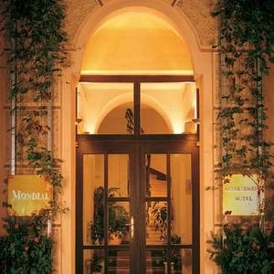 Mondial Appartement-Hotel
