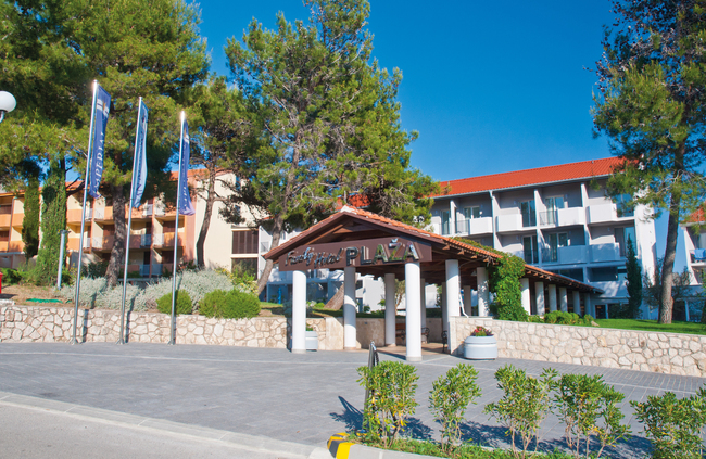 3 Nächte in der Ferienanlage San Marino - Family Hotel Lopar/Plaza ***