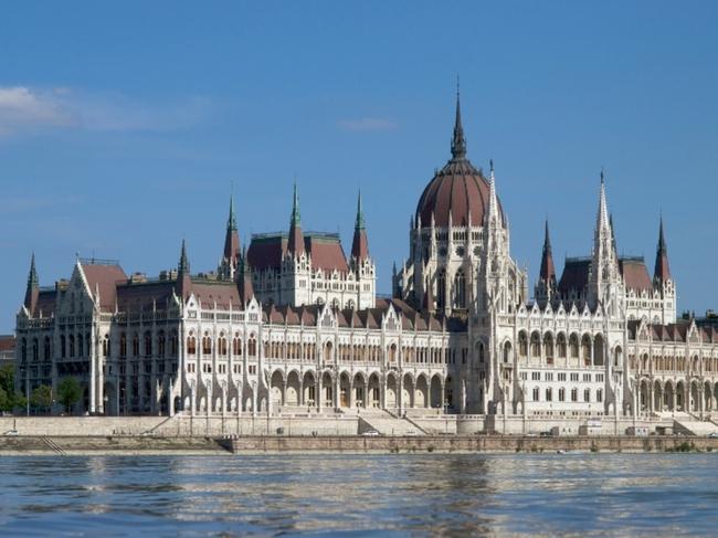 Parlament / Parlament