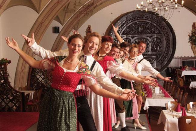 Austrian Dinner Show im Wiener Rathauskeller