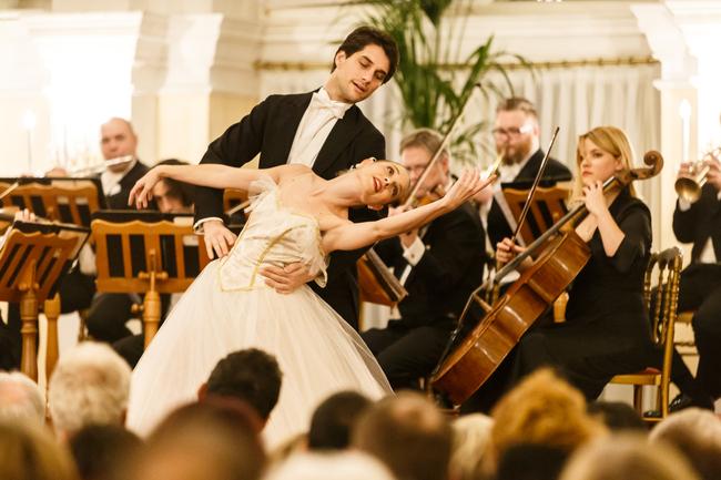 Sound of Vienna Ballet / Strauss & Mozart Konzerte im Kursalon Wien